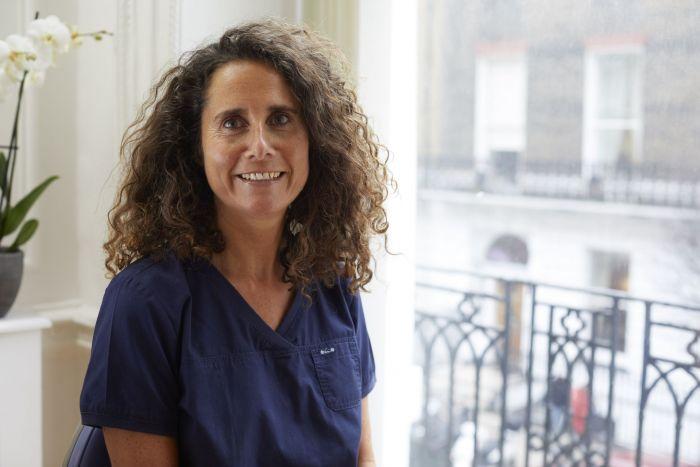 Dr Sara Johnstone